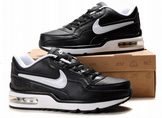 chaussures securite nike